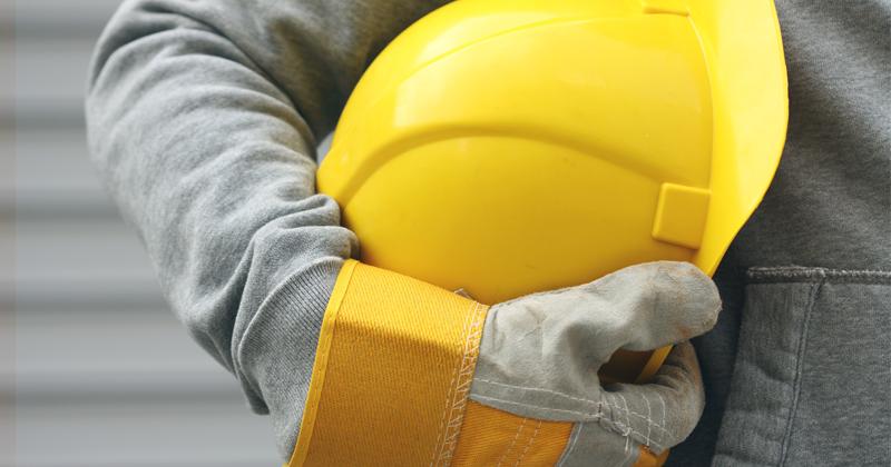 Uso de EPI na indústria  como aumentar a segurança da equipe - TECNICON badbf3f865